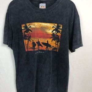 T-shirt  made by yacht club T-shirt size large